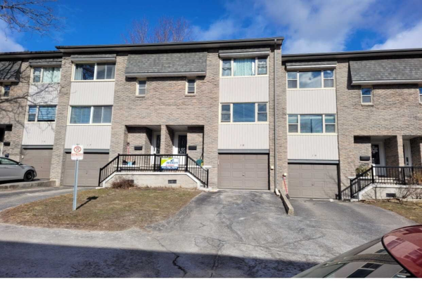 2 North St, Barrie