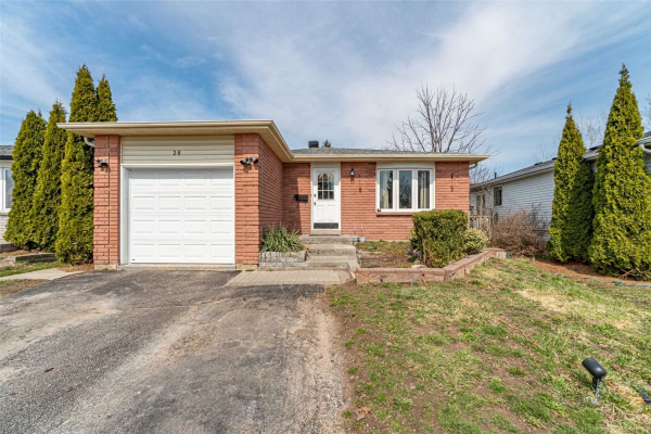 28 Hickling Tr, Barrie