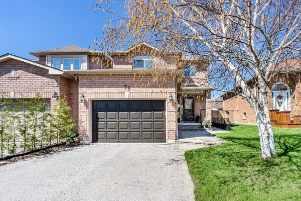 73 Rundle Cres, Barrie