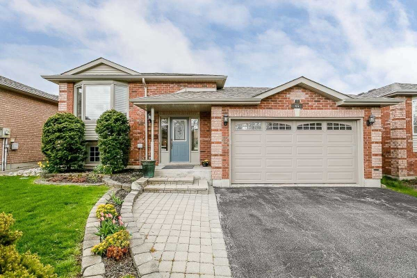65 Columbia Rd, Barrie