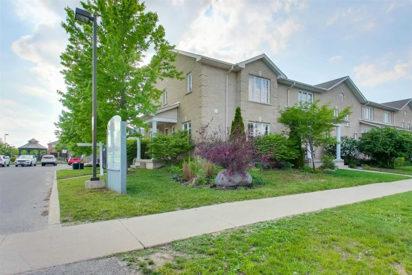 12F Marsellus Dr, Barrie