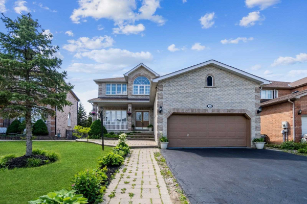 61 Carley Cres, Barrie