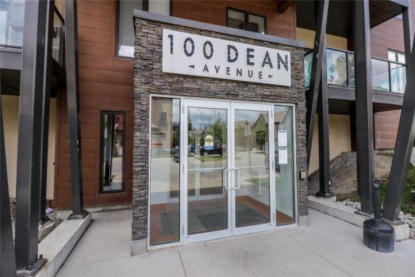 100 Dean Ave, Barrie