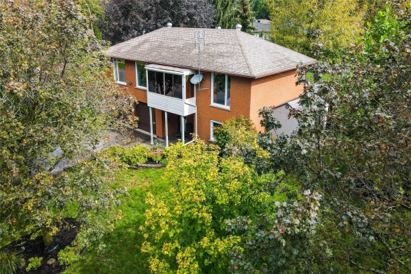 6 Algonquin Tr, Barrie