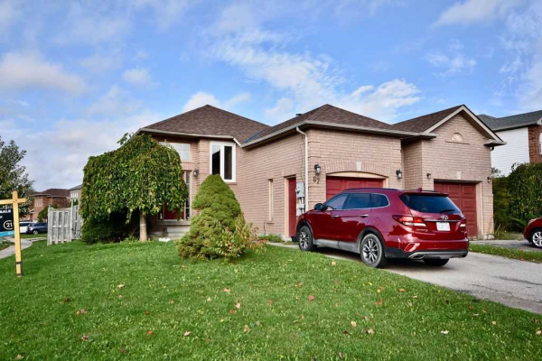 87 Rundle Cres, Barrie