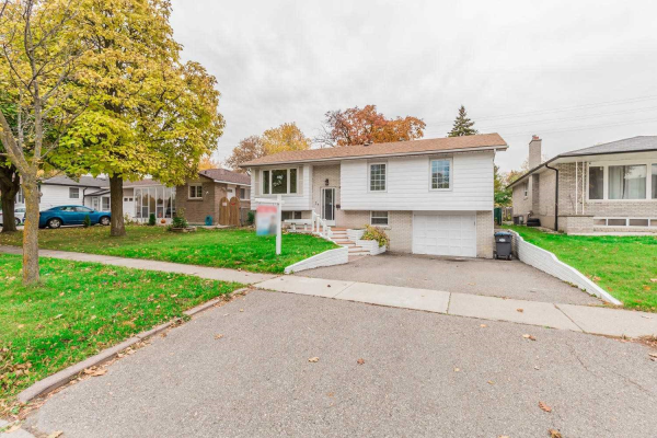 24 Edenborough Dr, Brampton