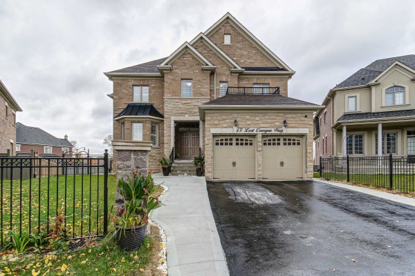 13 Lost Canyon Way, Brampton