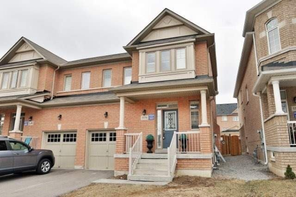 5570 Meadowcrest Ave, Mississauga