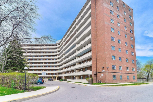 3577 Derry Rd, Mississauga