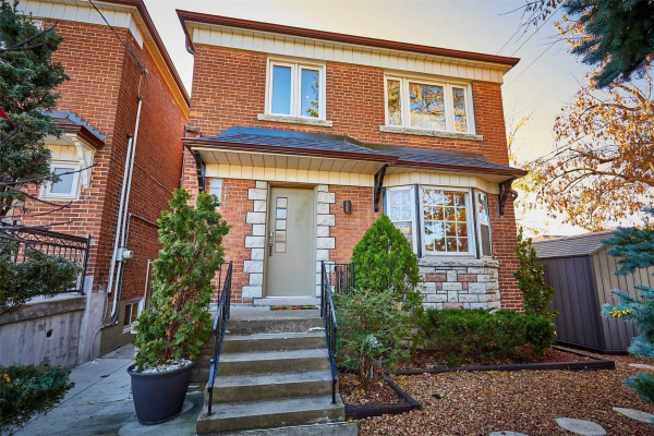 215 Bowie Ave, Toronto
