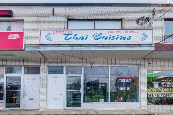 2440 Dufferin St, Toronto