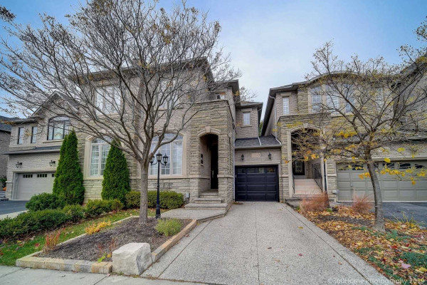 2333 Woodfield Rd, Oakville