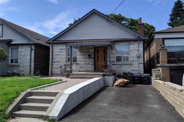 74 Chryessa Ave, Toronto