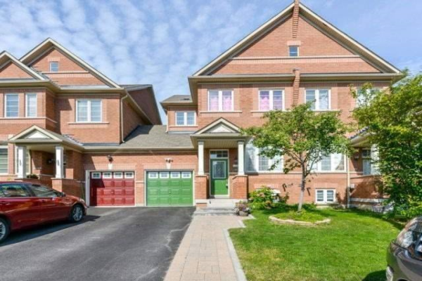5586 Waterwind Cres, Mississauga