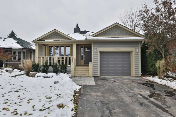 1258 Nathaniel Cres, Burlington