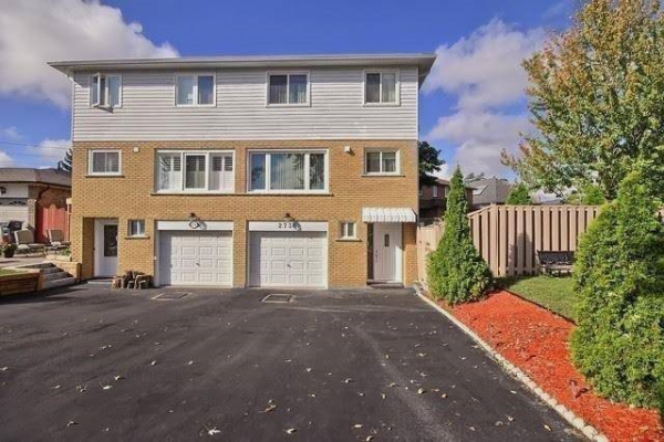 2738 Council Ring Rd, Mississauga