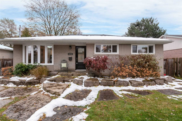 1238 Bridge Rd, Oakville
