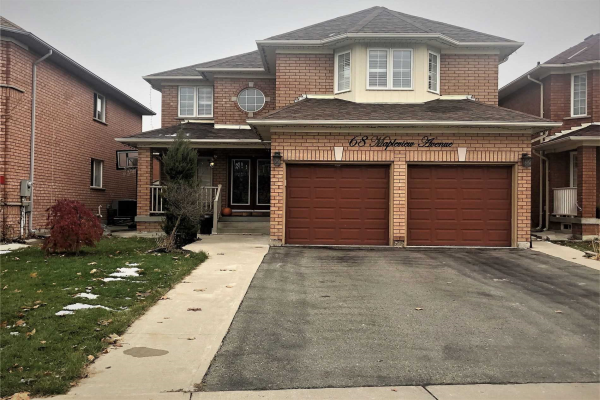 68 Mapleview Ave, Brampton