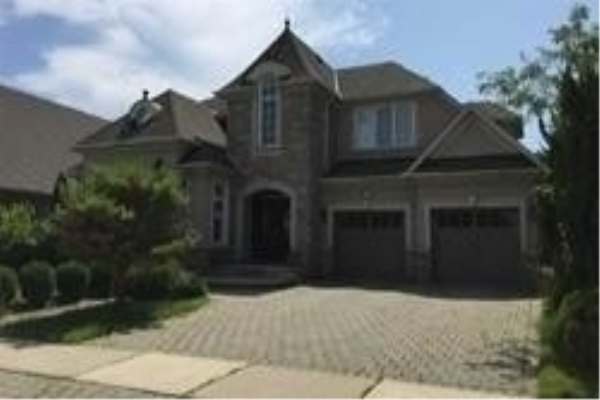 560 Canyon St, Mississauga