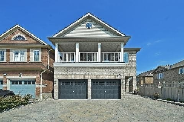 5604 Doctor Peddle Cres, Mississauga