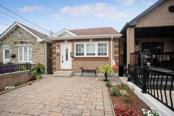 306 Mcroberts Ave, Toronto