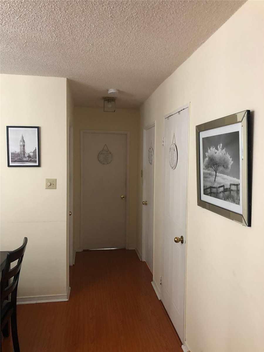 Listing W4642775 - Large Photo # 9