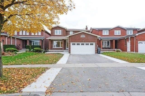 10 Sunforest Dr, Brampton