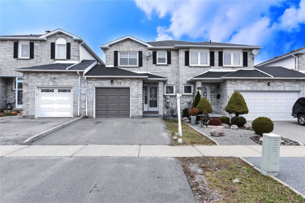 23 Thorntree Cres