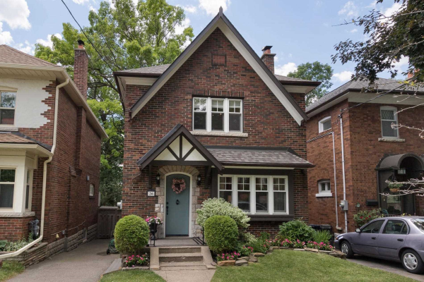 26 Riverview Gdns, Toronto