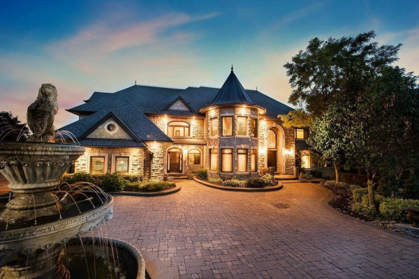10 High Forest Crt, Caledon