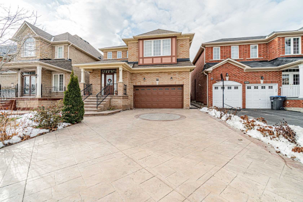 488 Mountainash Rd, Brampton