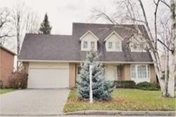 1505 Ballyclare Dr, Mississauga