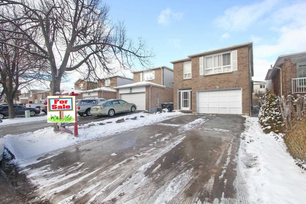 99 Morton Way, Brampton