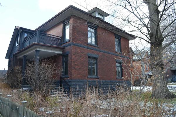 44 Wilson Park Rd, Toronto