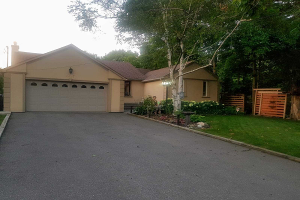 2487 Fifth Line W, Mississauga