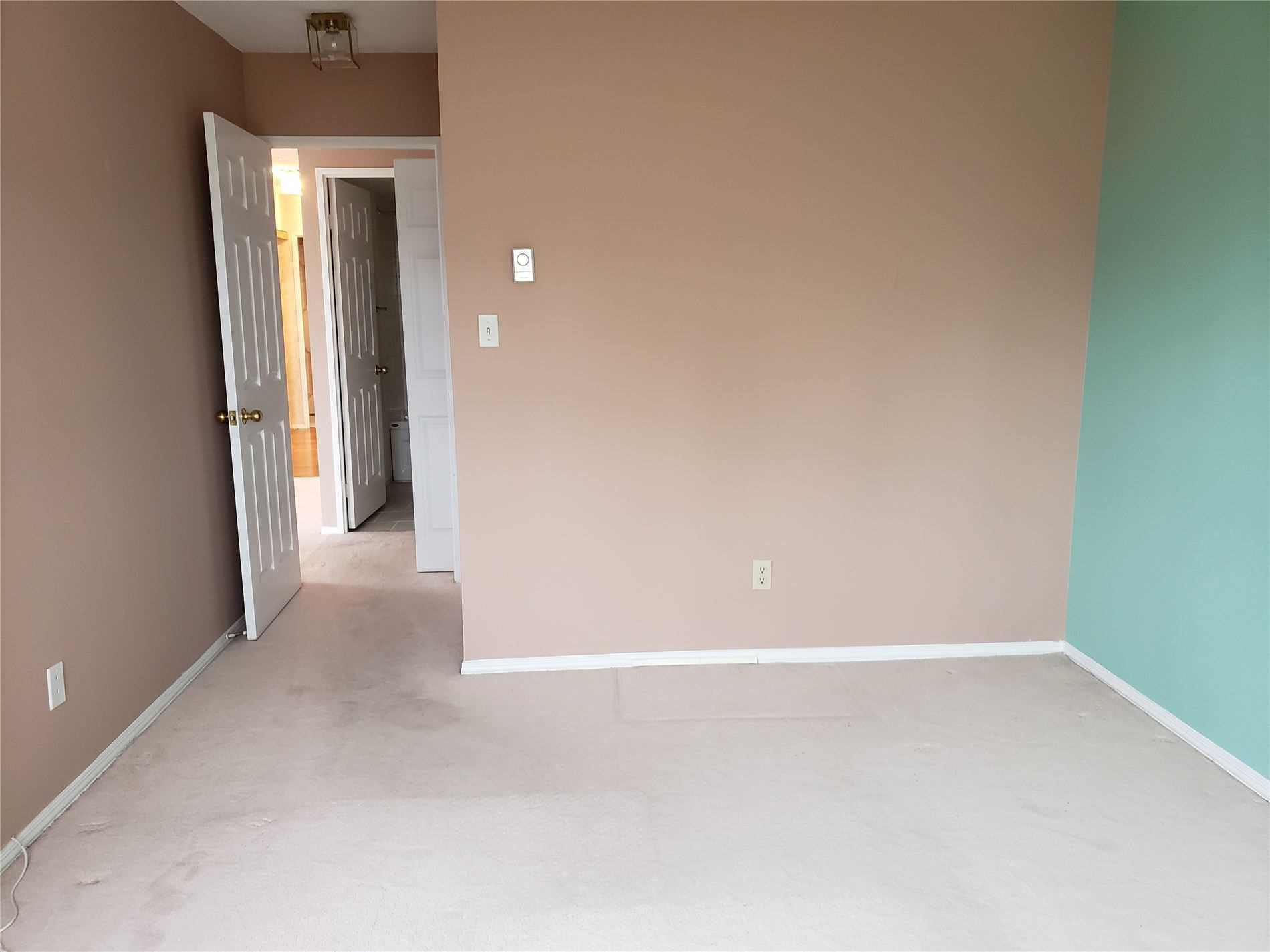 Listing W4665370 - Thumbmnail Photo # 12