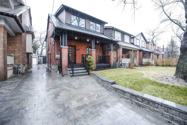 104 Colbeck St, Toronto