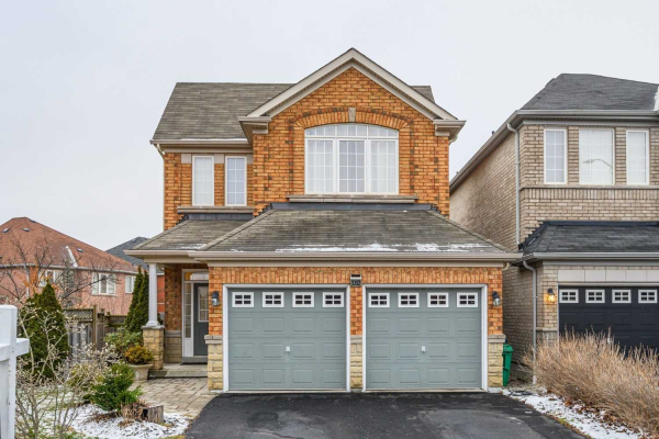 3352 Chief Mbulu Way, Mississauga