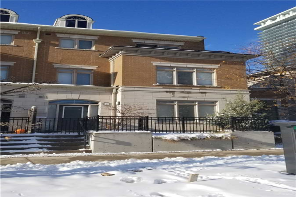 383 Prince Of Wales Dr, Mississauga
