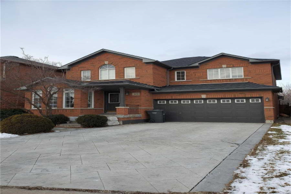49 Hollowgrove Blvd, Brampton