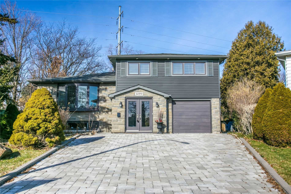 1499 Clinton Crt, Burlington