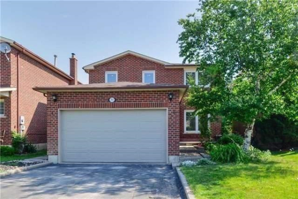 71 De Rose Ave, Caledon