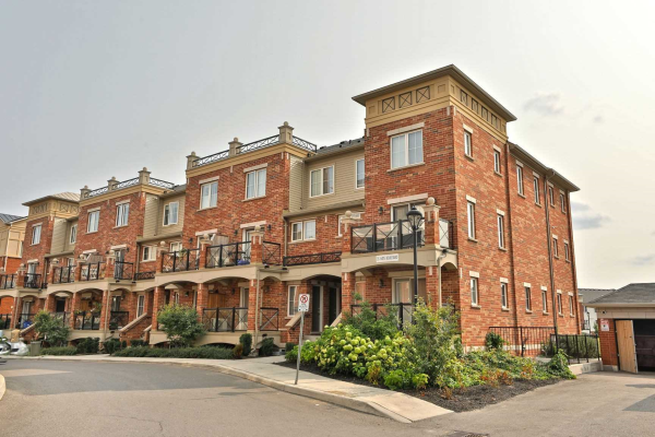 35 Hays Blvd, Oakville