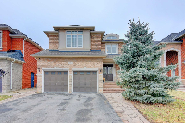 2511 North Ridge Tr, Oakville