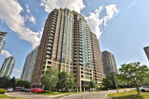 156 Enfield Pl, Mississauga