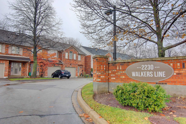 2230 Walkers Line, Burlington