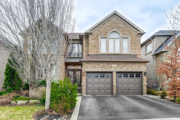 $1,785,000 • 1404 Pinery Cres, Oakville