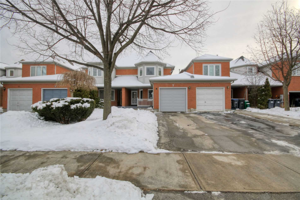 7 Woodstream Ave, Brampton