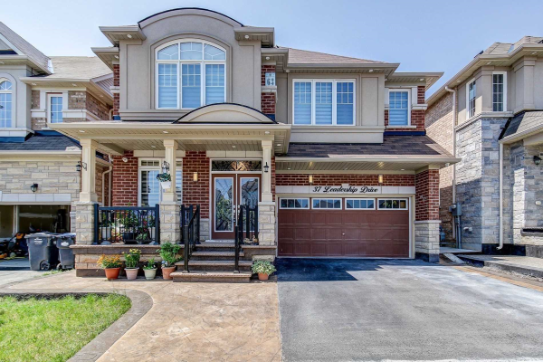 37 Leadership Dr, Brampton