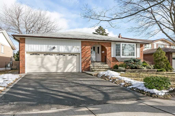 910 Fletcher Valley Cres, Mississauga